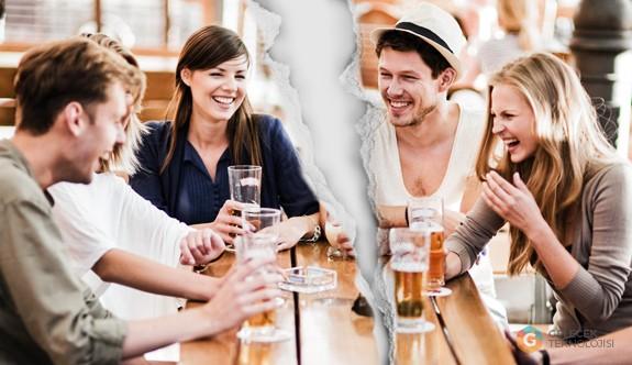 Arkadaşlarınızın Yarısı Sizi Arkadaşı Olarak Görmüyor!